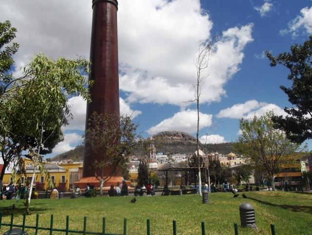 Acuerda alcaldesa con ambulantes venta en la bicentenario for Cartelera de cinepolis en plaza jardin nezahualcoyotl